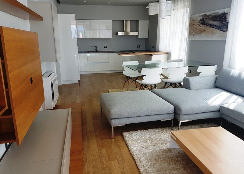 Super apartament per qira me pamje fantastike