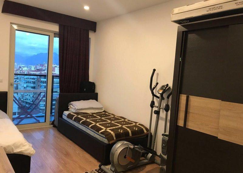 Apartament 2+1 per Qira prane Stadiumit Q. Stafa
