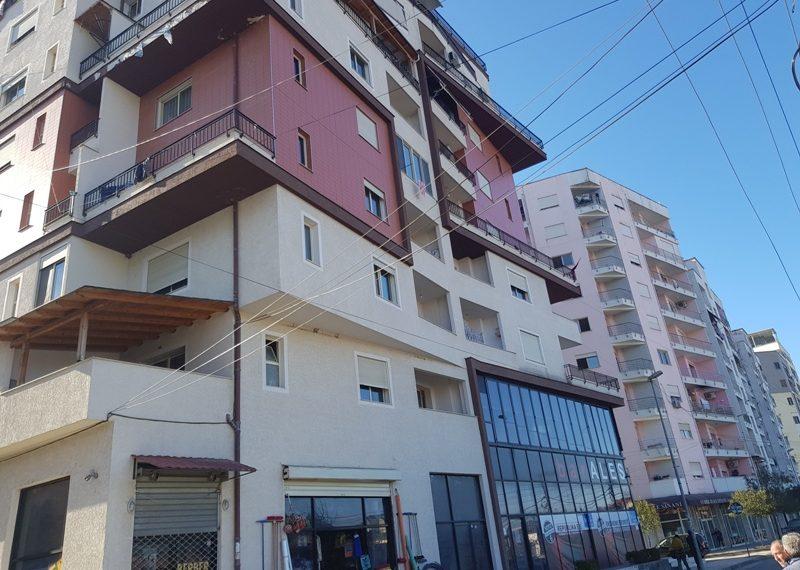 Apartament per shitje ne zonen e Kombinatit