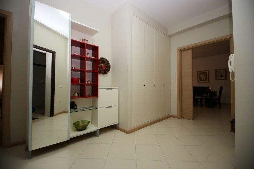 Shitet Apartament 2+1 prane Kopshtit Zoologjik