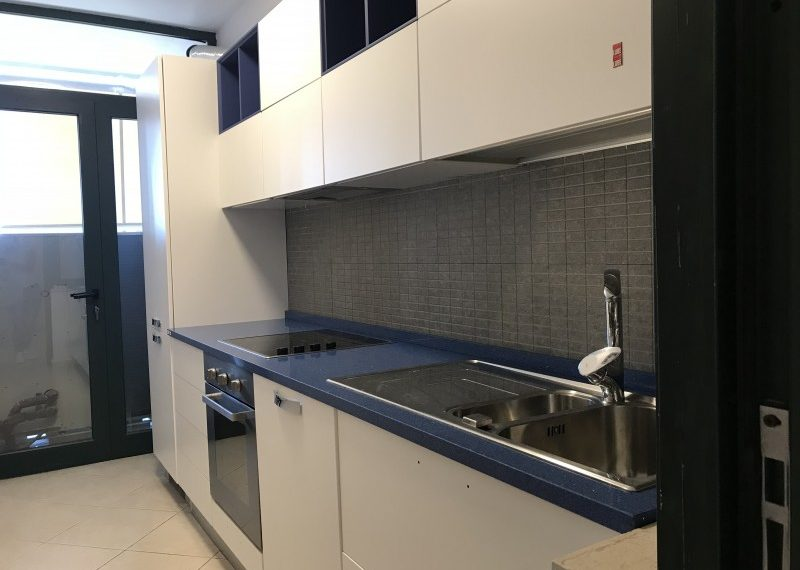 Apartament 3+1 per Qira prane Presidences