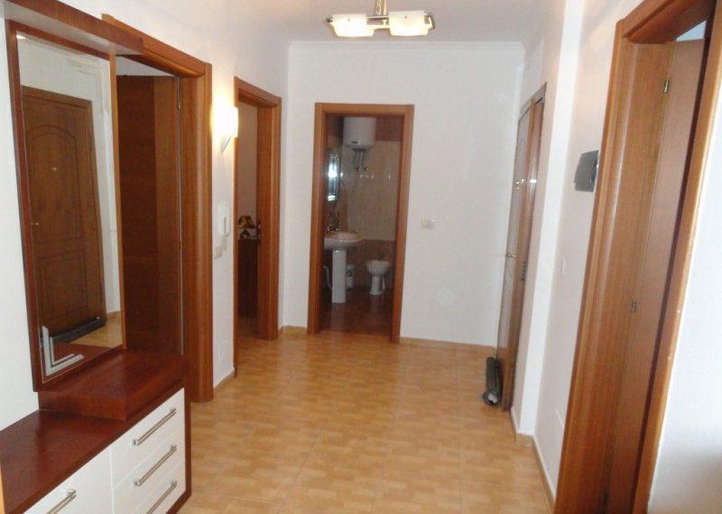 Apartament 2+1 per Qira prane Liceut Artistik