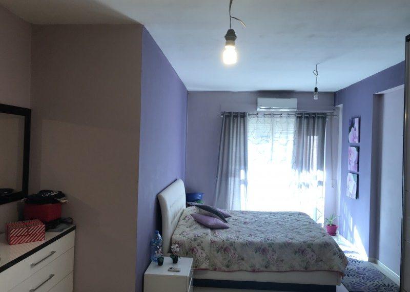 Apartament per Shitje 2+1 prane Kopshtit Botanik
