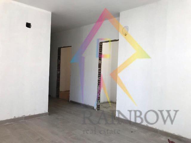 Shitet Apartament ne nje kompleks cilesor prane freskut
