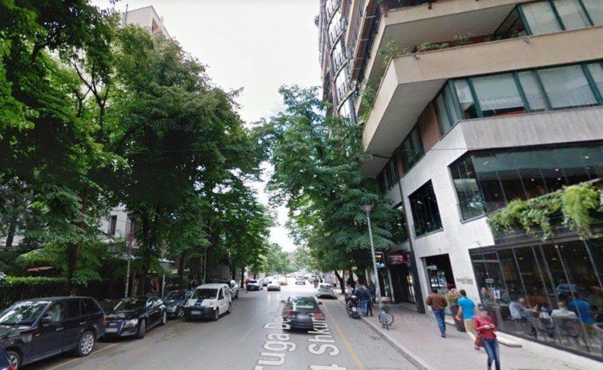 Ambient komercial per qira ne rrugen Ibrahim Rugova