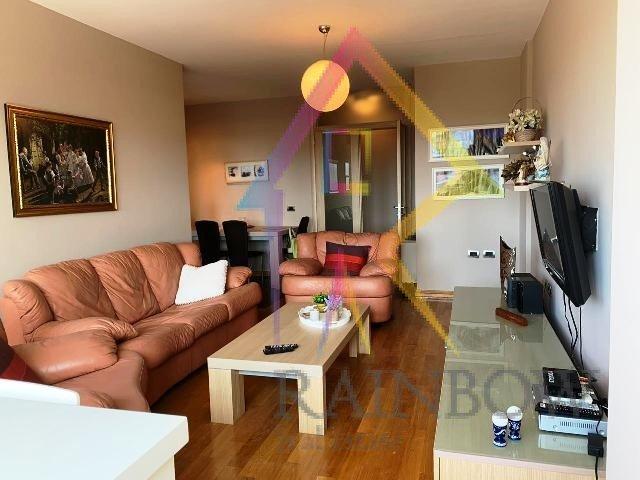 Apartament i bukur 2+1 per Qira