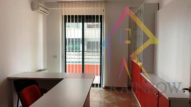 Apartament/Zyre per qira ne ishbllok