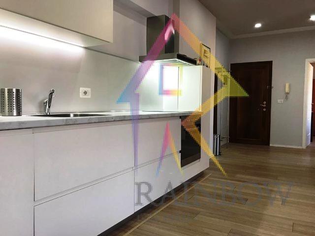 Shitet apartament prane Credins Bank ne Bllok