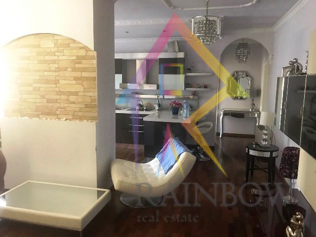 Apartament cilesor per qira prane Toptani Center
