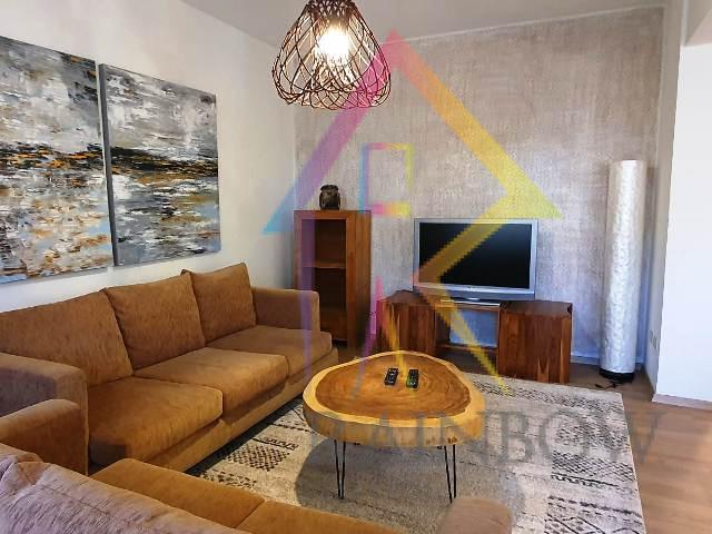 Apartament per qira te rruga Myslym Shyri