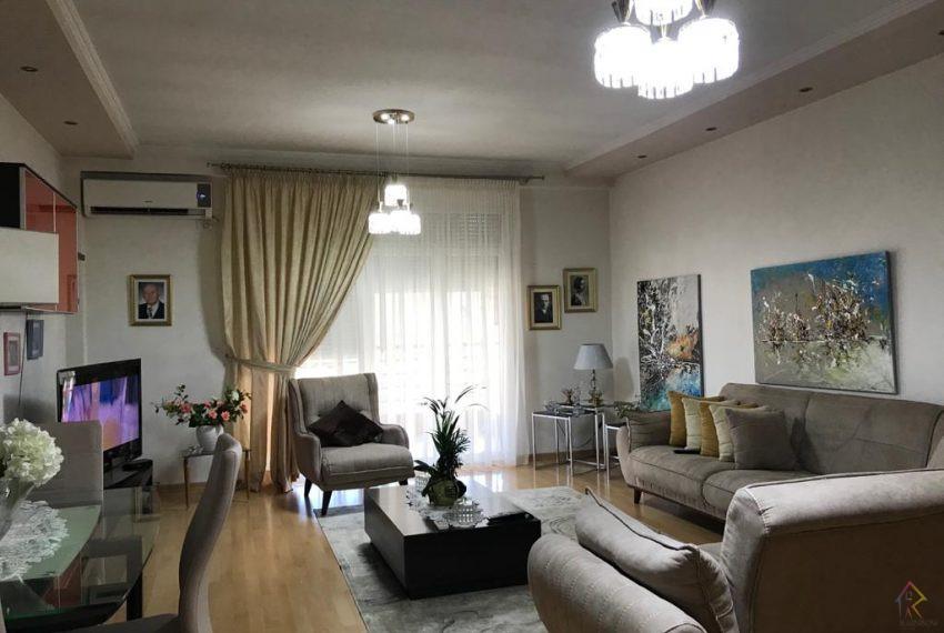Apartament per qira te Rruga e Elbasanit