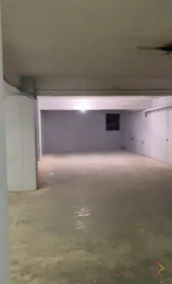Shiten poste parkimi ne zonen Yzberishtit